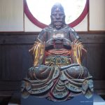精巧すぎるぞ。萬福寺にある羅怙羅尊者像(らごらそんじゃぞう)顔出しパネル