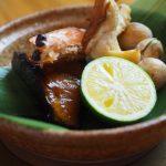 和食屋 げん月秋の味覚は鶏団子鍋と焙烙塩釜焼き